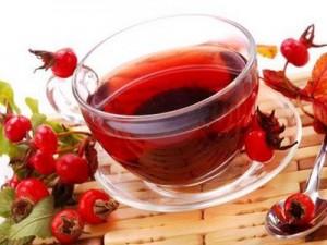 Полезный чай из цветков и ягод