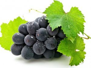 Полезный виноград