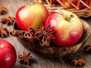 Кому нельзя яблоки