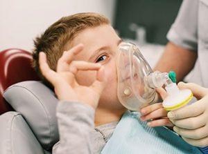Лечение зубов во сне для детей